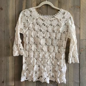 Xhilaration Floral Crochet Cut Out Top S Small